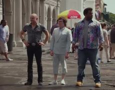 Hot Tub Time Machine 2 Featurette - The World of the Future (2015)