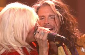 AMERICAN IDOL 2015: Jax and Steven Tyler, Piece of My Heart/Walk This Way/Love is Your Name