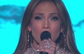 AMERICAN IDOL 2015: Jennifer Lopez, Harry Connick Jr., and Keith Urban, Diamond/Locked Out of Heaven