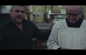El Komander - Me Interesa (Video Oficial)