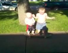 Toddlers on skateboard FAIL