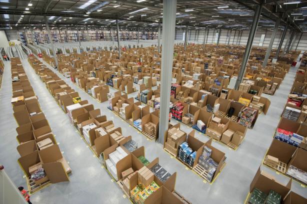 Amazon y UPS consideran el uso de drones para la entrega rápida de paquetes