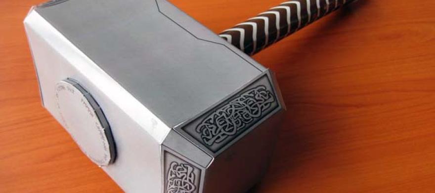 Ya Puedes Hacer Tu Propio Martillo De Thor Que Produce Electricidad Qore