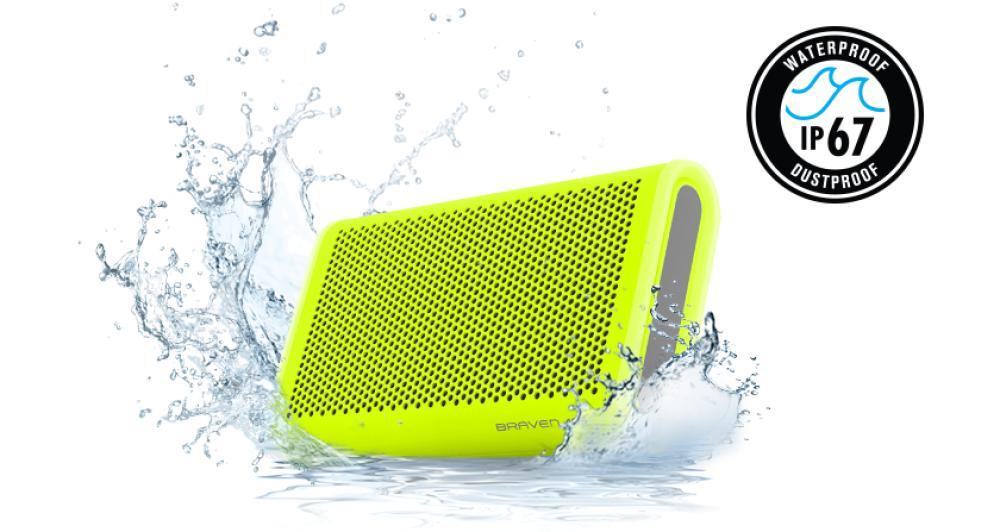 Reproduce audio con aústica mejorada y también se apoya en la tecnología Bass Optimization patentada por Braven