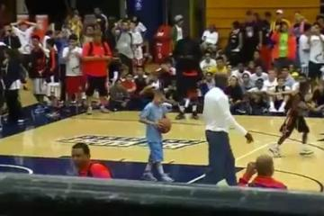 Michael Jordan can still dunk