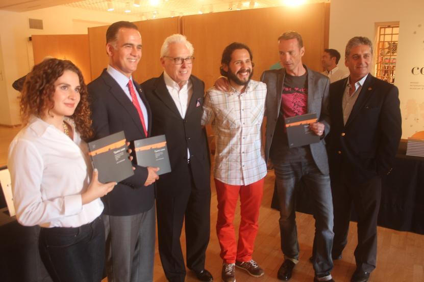(izq) Guadalupe de la Garza, Xavier Peniche Bustamante, Rob Sidner (Director Mingei International Museum), Jofras, Olivier Dalle (editorial EnVille)