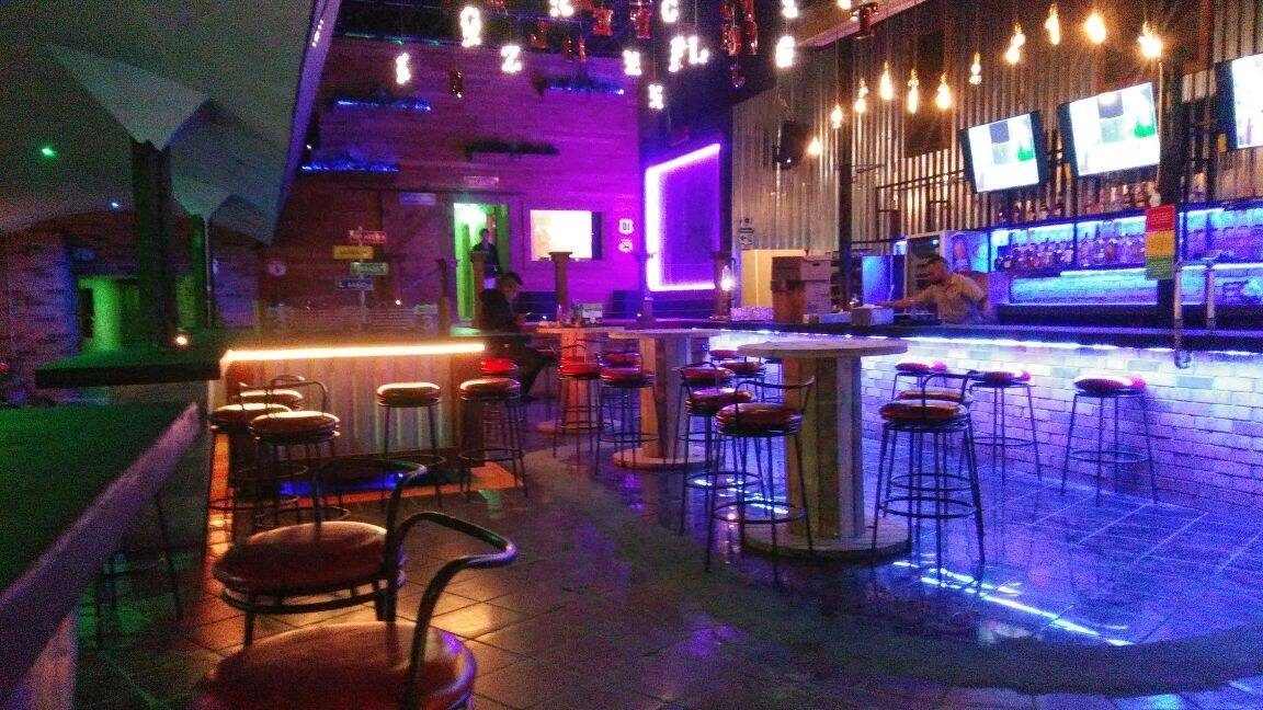 A New Sports Bar With A Large Terrace Opens In Avenida