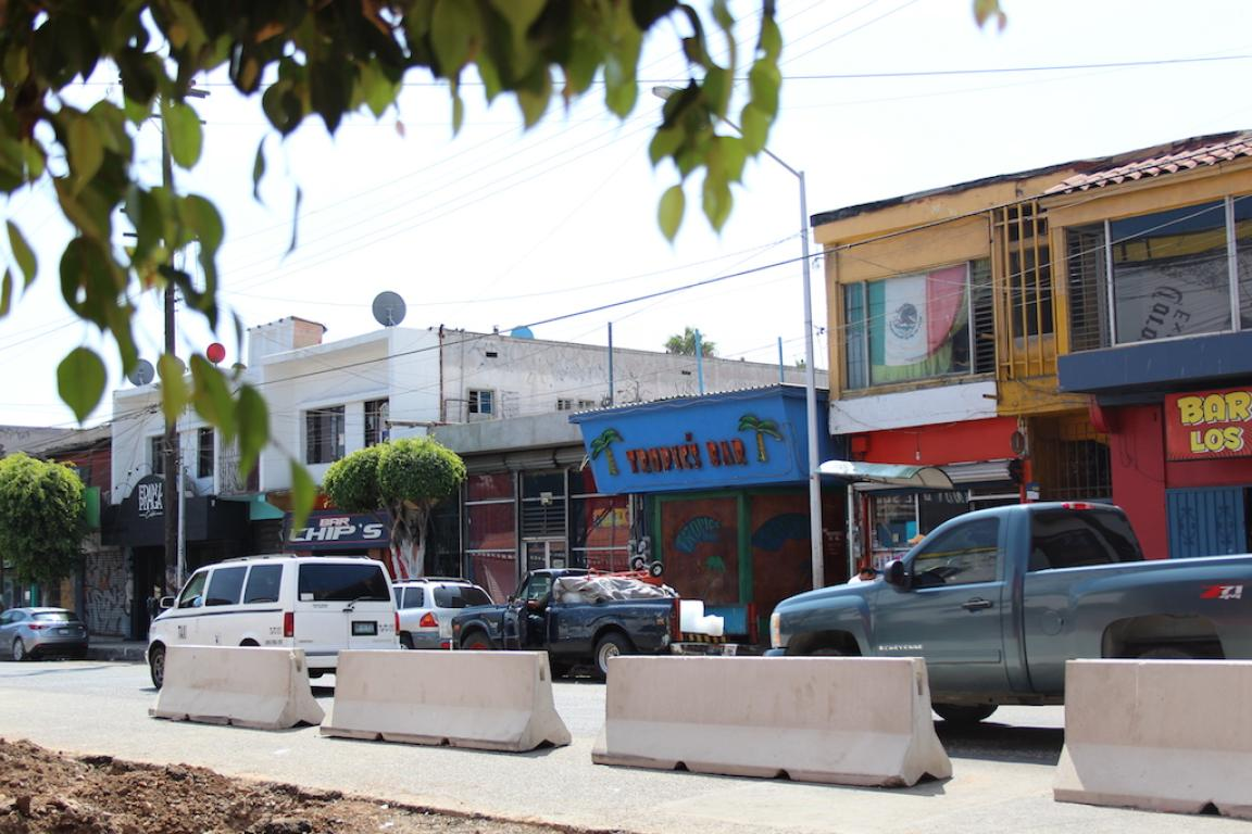 Vista actual de los bares de la calle sexta. Foto: Ángel García
