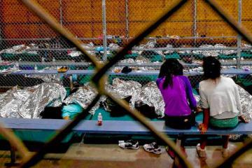 ¿Cómo es dentro de las jaulas para niños migrantes?