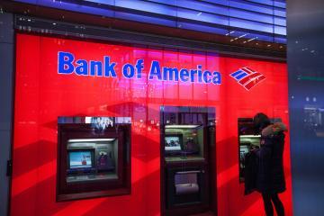 Bank of america congela cuenta de inmigrante en EEUU