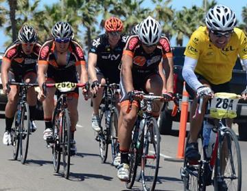 Hacen carrera ciclista contra el cáncer en Rosarito
