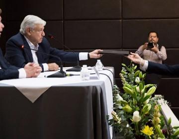Alcalde de Tijuana presenta a AMLO propuesta sobre armas de fuego