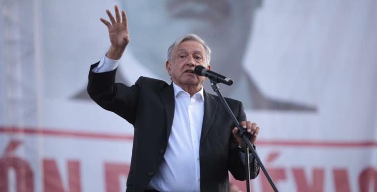 AMLO anuncia plan de visas de trabajo a migrantes centroamericanos