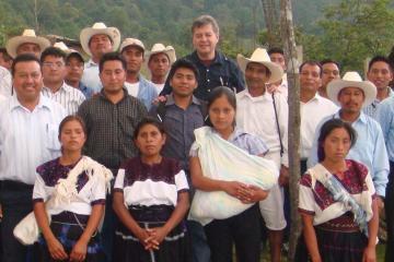 Desalinizadoras van a endeudar a Baja California: Martínez Veloz