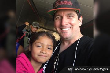 Pastor estadounidense se une a caravana migrante