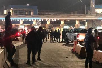 Oficiales cierran garita de San Ysidro