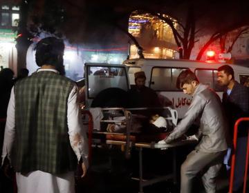 Atentado suicida en Kabul deja 50 muertos