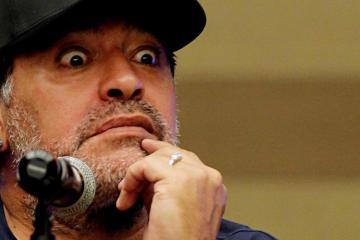 Maradonna es investigado tras pelea con aficionados