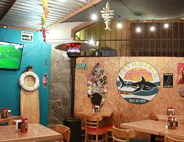 The Best Place to eat Seafood with a different music atmosphere!!!