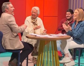 Cuesta 4 millones de pesos el programa de John Ackerman y Sabina