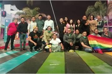 Tijuana tiene paso de cebra multicolor