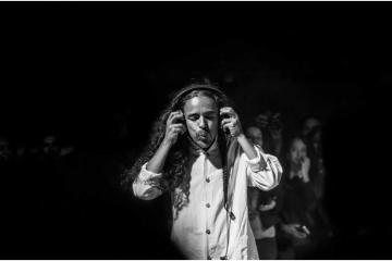 Rubén Albarrán presenta su proyecto como No DJ Set en  Ensenada