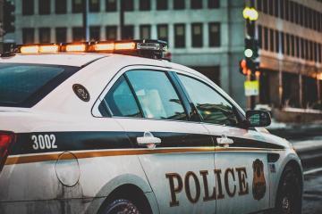 Policía bofetea a conductor en Coahuila