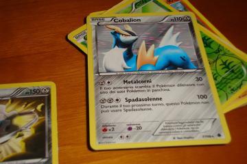 Pagaron más de cien mil dólares por set original de Pokémon