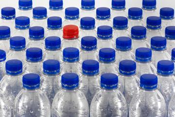 Ya no se permiten botellas de plástico en el aeropuerto