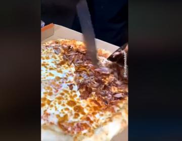 Sorprende lo fácil que puedes hacer una pizza de adobada