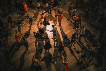 El mejor lugar para bailar salsa y bachata en San Diego