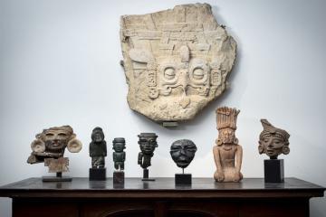 Francia pone en subasta piezas arqueológicas mexicanas