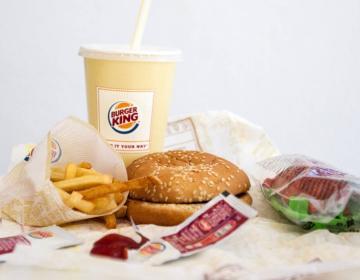 Burger King se despide de los juguetes en el menú infantil