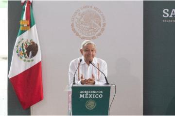 Dice AMLO que en China y Centroamérica se gana mejor que en México
