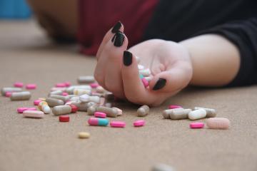 ¿En qué consiste la ley contra los suicidios que proponen en Baja...