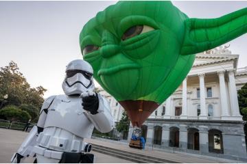 Globo gigante de Yoda en el Festival Internacional del Globo en León
