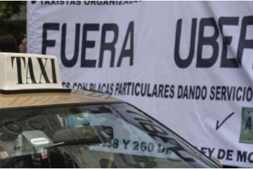 SEGOB cede ante taxistas y va contra UBER y Cabify en los aeropuertos