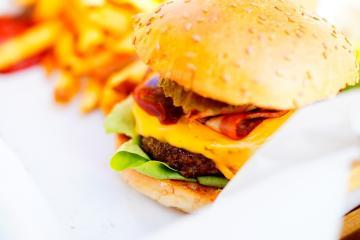 Así luce una hamburguesa de McDonald's servida hace 10 años