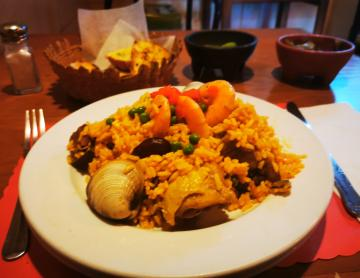 Toñico's paella, almost four decades of a Catalan flavor in Tijuana