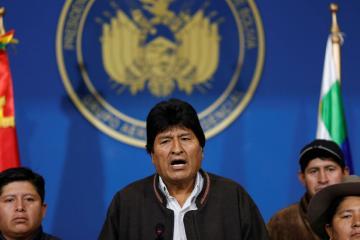 Militares presionan a Evo Morales para dejar presidencia de Bolivia