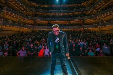 Tijuana estallará de risa con nuevo show de Franco Escamilla