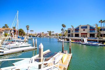Venden mansión en San Diego de Elba Esther en 3.75 millones de...