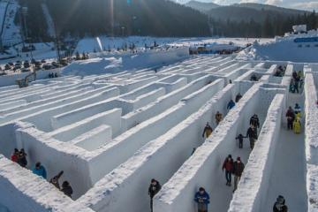 This is the largest snow maze of the world!