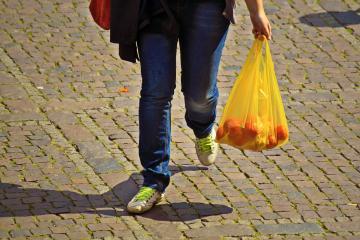 Multas por usar bolsas de plástico en Tijuana aplicarán hasta el...
