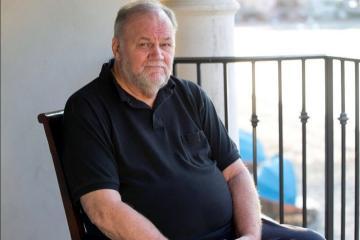 Papá de Meghan Markles la critica por abandonar la realeza