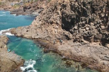 Extreme sport lovers should practice Coasteering in Ensenada
