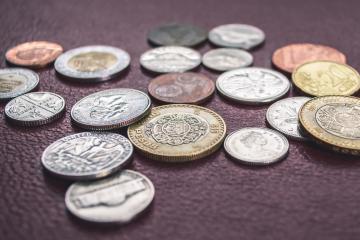 El peso a 25.31 por dólar: según expertos podría deberse a...