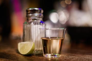 Aumenta venta de Tequila en México tras desabasto de cerveza