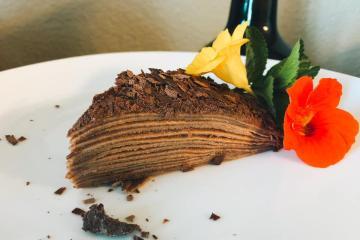 First Look: El Original Pastel de Crepas Tijuana Bistro