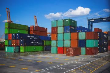 Exportaciones de México cayeron 40.9% en abril
